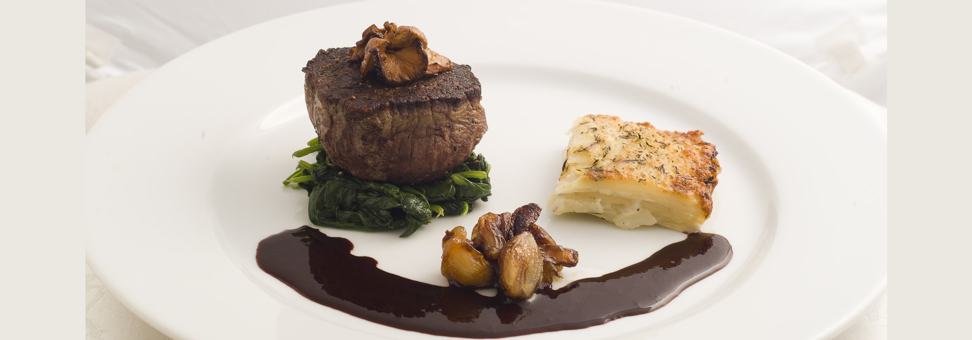 Fillet-mignon-spinach-pearl-onions-chanterelles-potatopave-red-wine-sauce